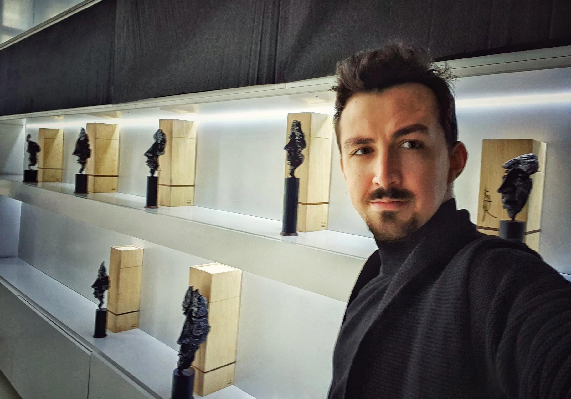 https://artpres.ro/wp-content/uploads/2021/01/Daniel-Radulescu-3.png