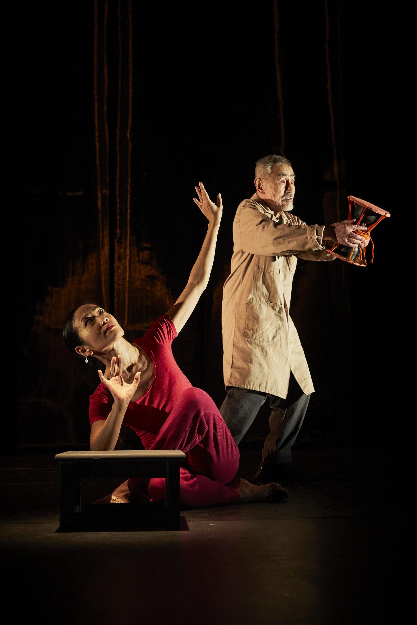 2. The Silk Drum_Christophe Raynaud de Lage